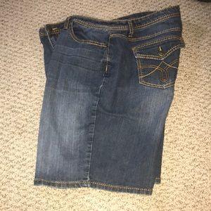 Earl  Jeans size 18 w